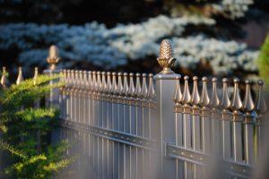 Zaun mit individueller Formengestaltung