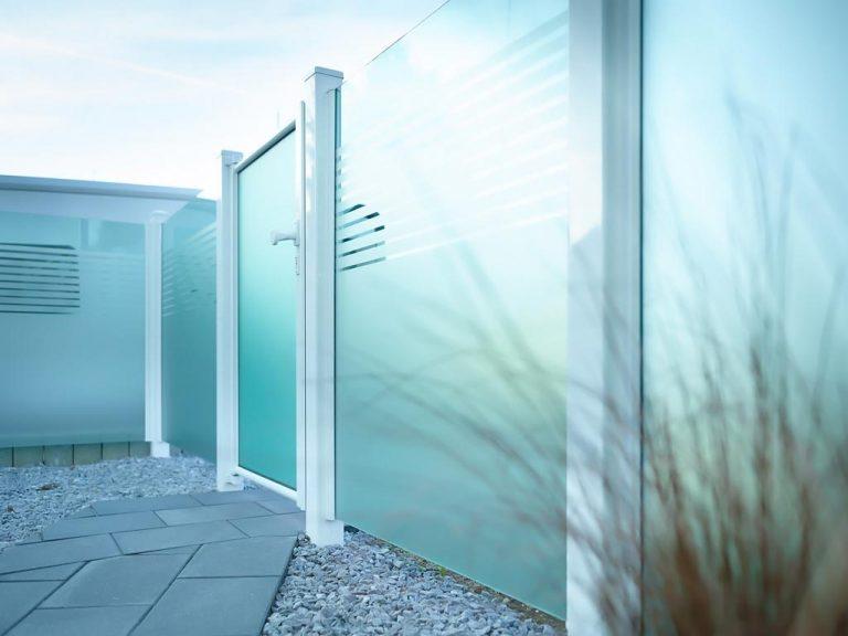 Moderner Glaszaun aus Kärnten